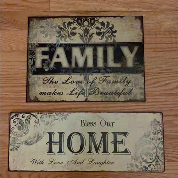 Hobby Lobby Other - 2 metal home/family signs.